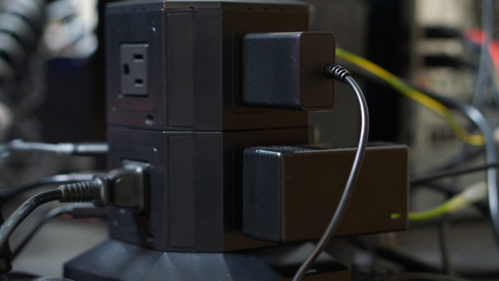 POWERJC タワー式 電源タップ